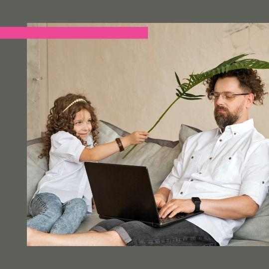 Im Homeoffice arbeiten mit Kind